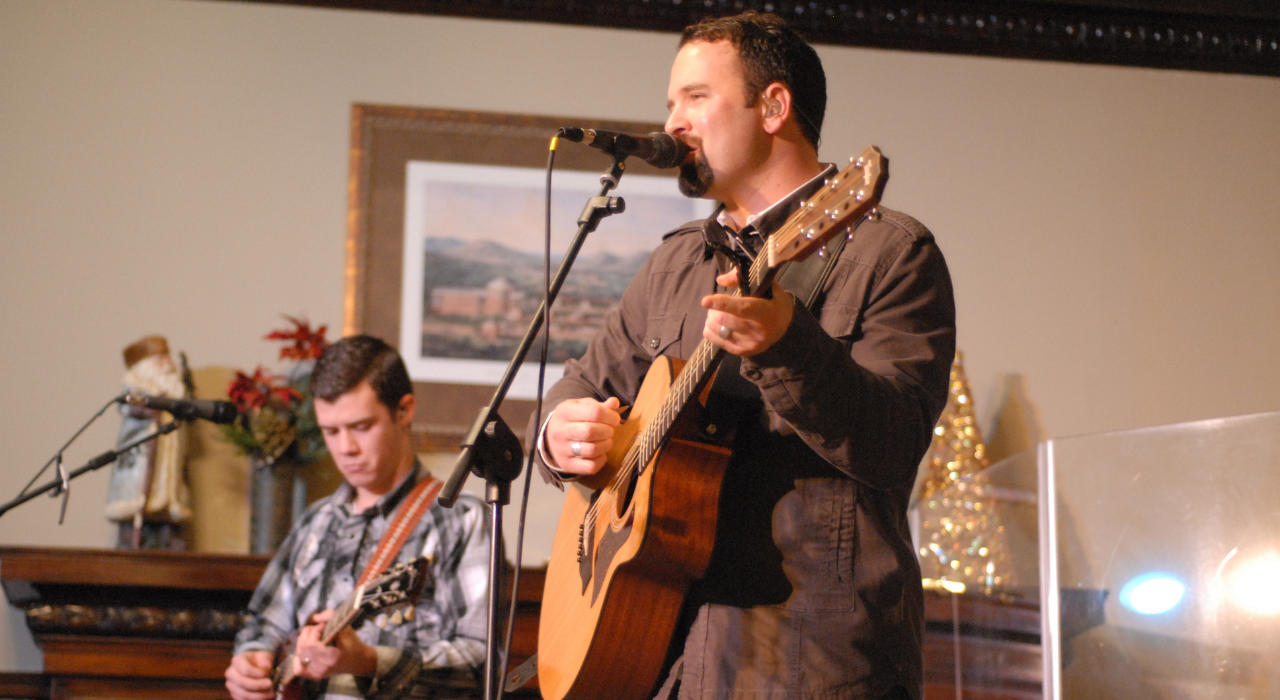 """Hunter Smith was the punter on the Indianapolis Colts team that won a Super Bowl.  Following his playing career, he published a booked titled """"The Jersey Effect"""" and founded a band.  Here he is performing at Levey."""
